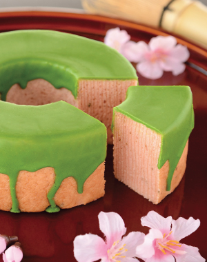 "Cherry Blossom and Green Tea Baumkuchen<br/> ""Hitohira"""